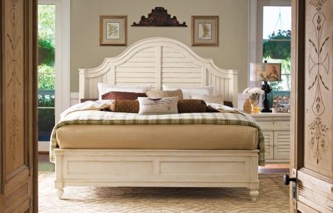 Paula Deen Steel Magnolia Bed